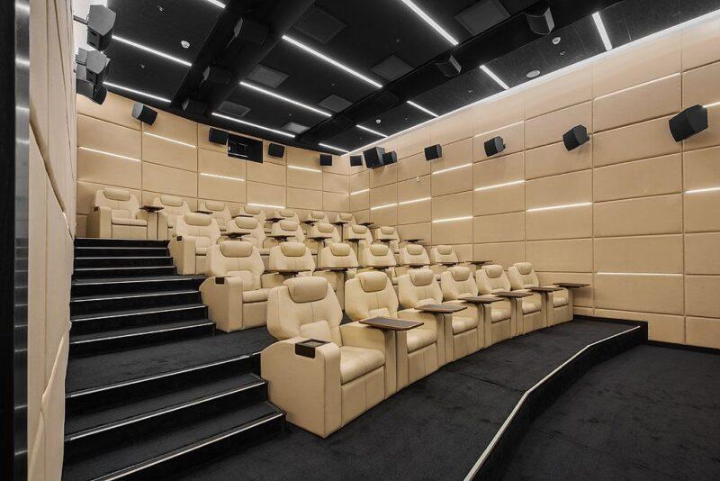 akustik yalıtım sinema salonu