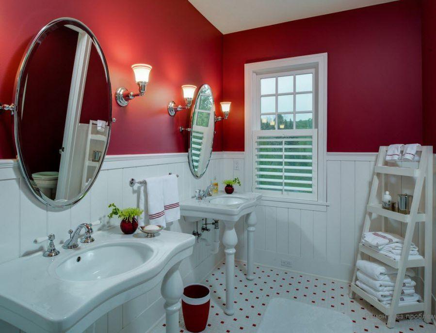 kırmızı duvar banyo renk seçimi