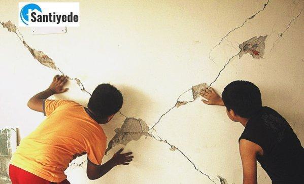 Deprem titreşimleri sonucu duvar çatlakları