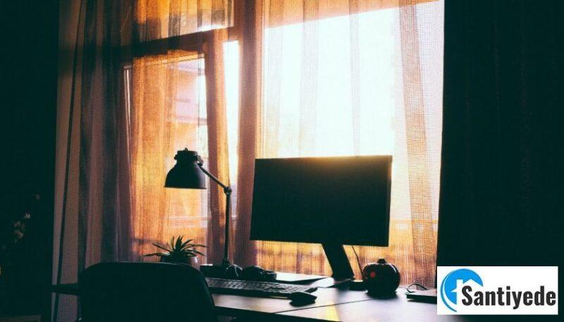 ışık ve güneş geçirmeyen perde