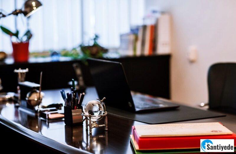 Avukatlık Ofisi Tasarımı İçin Ağırbaşlı Mobilyalar