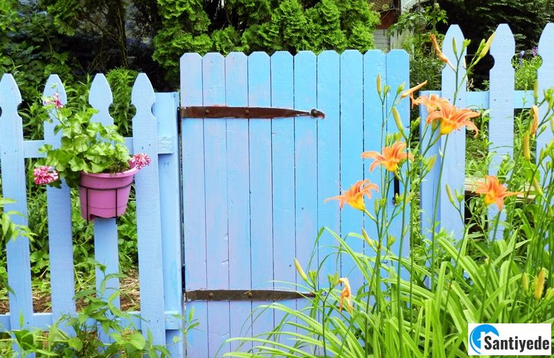 Bahçe düzenlemesi için çit kullanımı