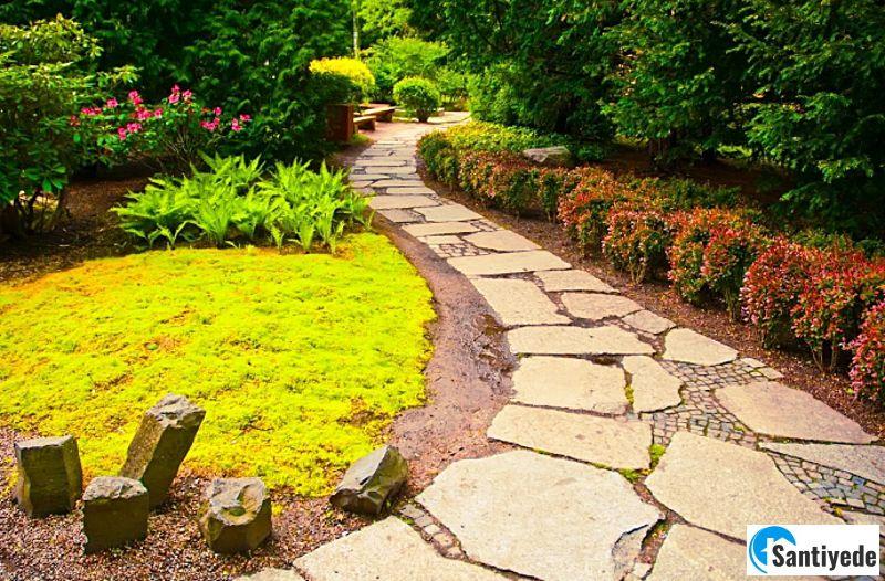 Bahçede yürüyüş yolları oluşturulması