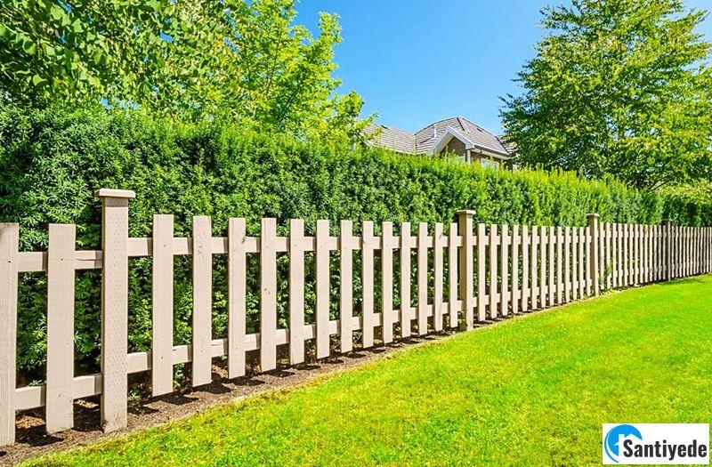 Ahşap bahçe çitleri