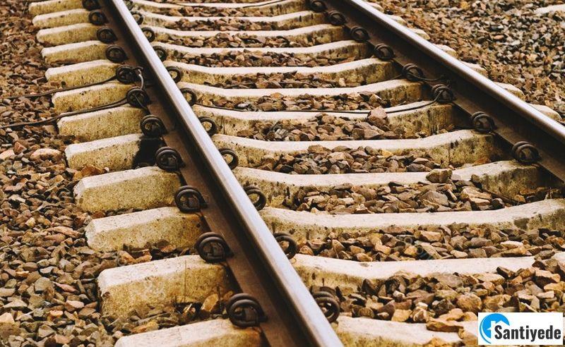 Beton travers demiryolu