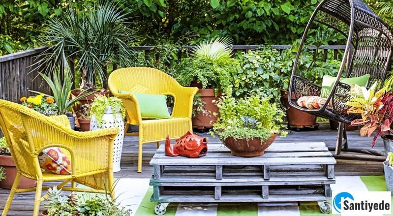 Kendin yap ürünler ile villa bahçesi dekorasyonu