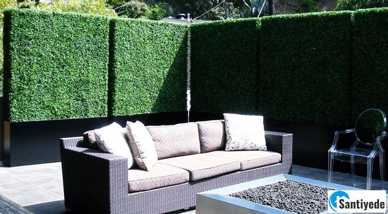 bahçelerde yapay çim duvar
