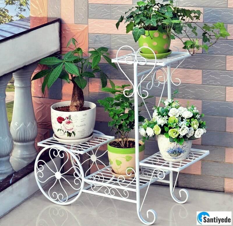 balkon dekoratif çiçeklik
