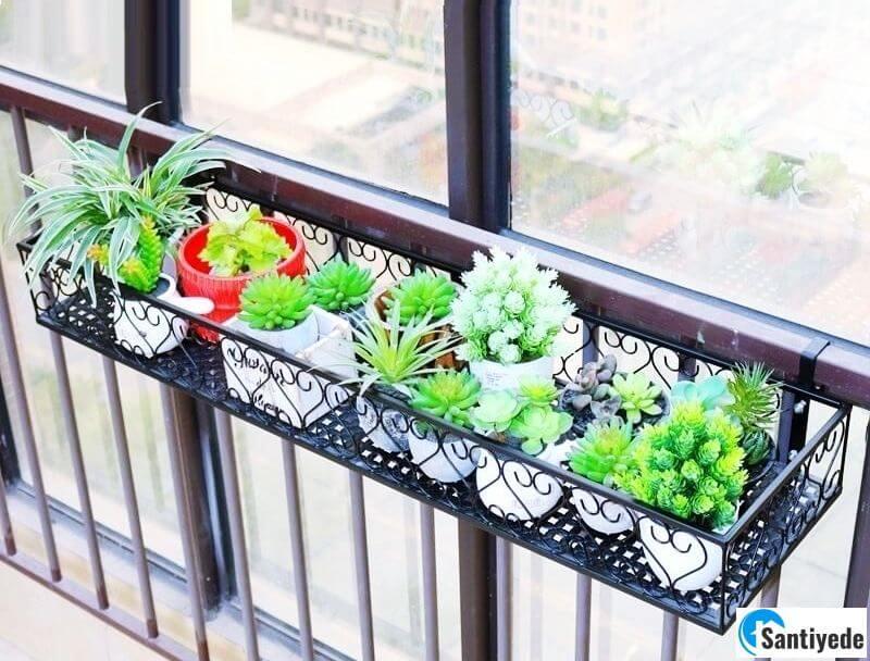 cam balkon ferforje çiçeklik